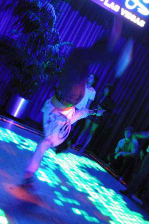 Palms Dance Floor Break Dance 2