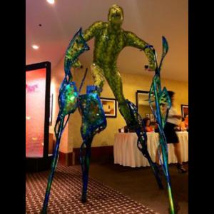 4-legged-stilt-walker-1