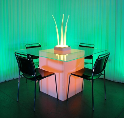 GEO HYBRID DINING TABLE 3