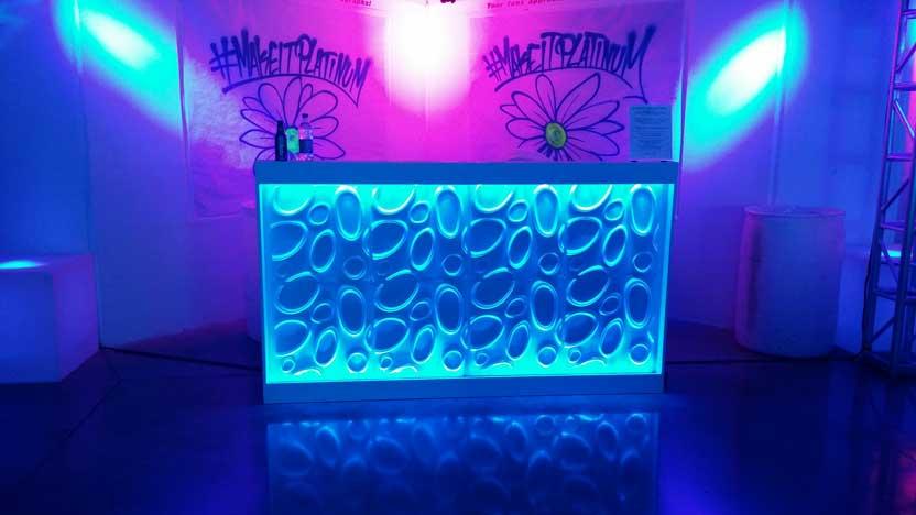 led-bar-front-blue