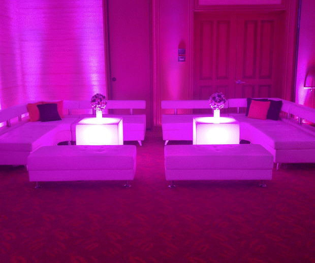 LED lighted Lounge