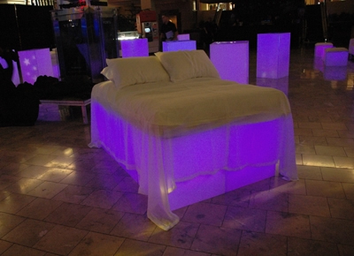 lighted-acrylic-daybed-2