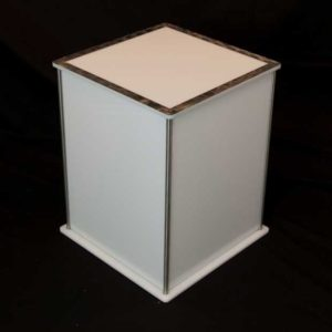 Luna Lighted Pedestal 20in