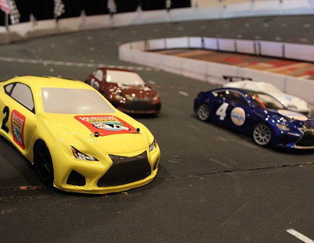 Micro-Reality Race Track Cars 2
