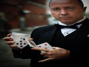 Danny Magic Card Flip