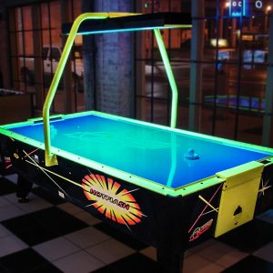 Air Hockey w Overhead Scoring