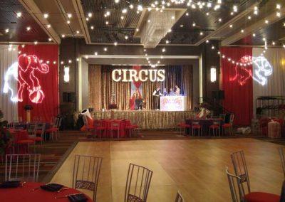 Circus-021