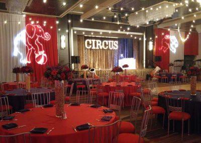 Circus-031