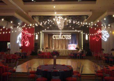 Circus-033