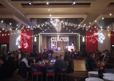 Circus-035