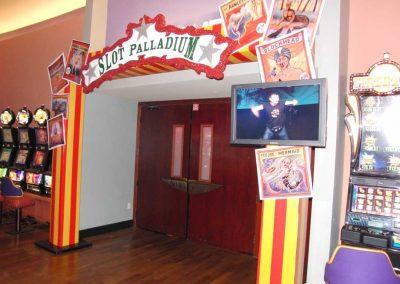 Circus-046